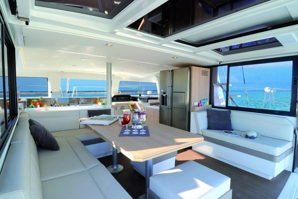 Catamaran à louer à Nápoles au meilleur prix