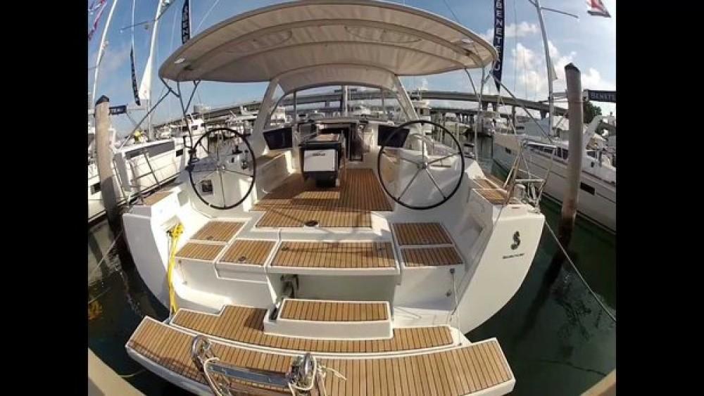 Location yacht à  - Bénéteau Oceanis 45 sur SamBoat