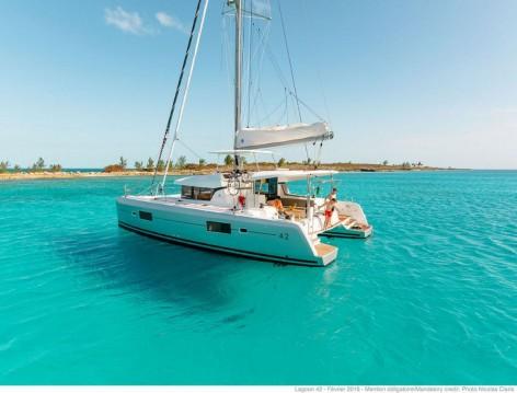 Location bateau Athènes pas cher Lagoon 42