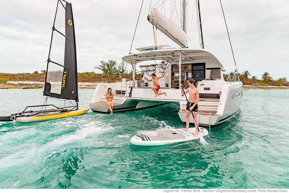 Lagoon Lagoon 42 - 4 + 2 cab. entre particuliers et professionnel à Islas Baleares
