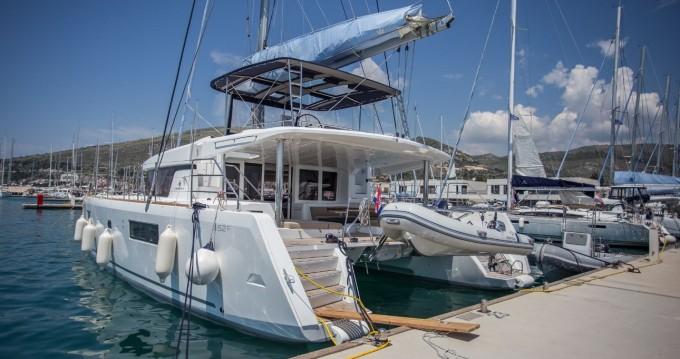 Lagoon Lagoon 52 F entre particuliers et professionnel à Athènes