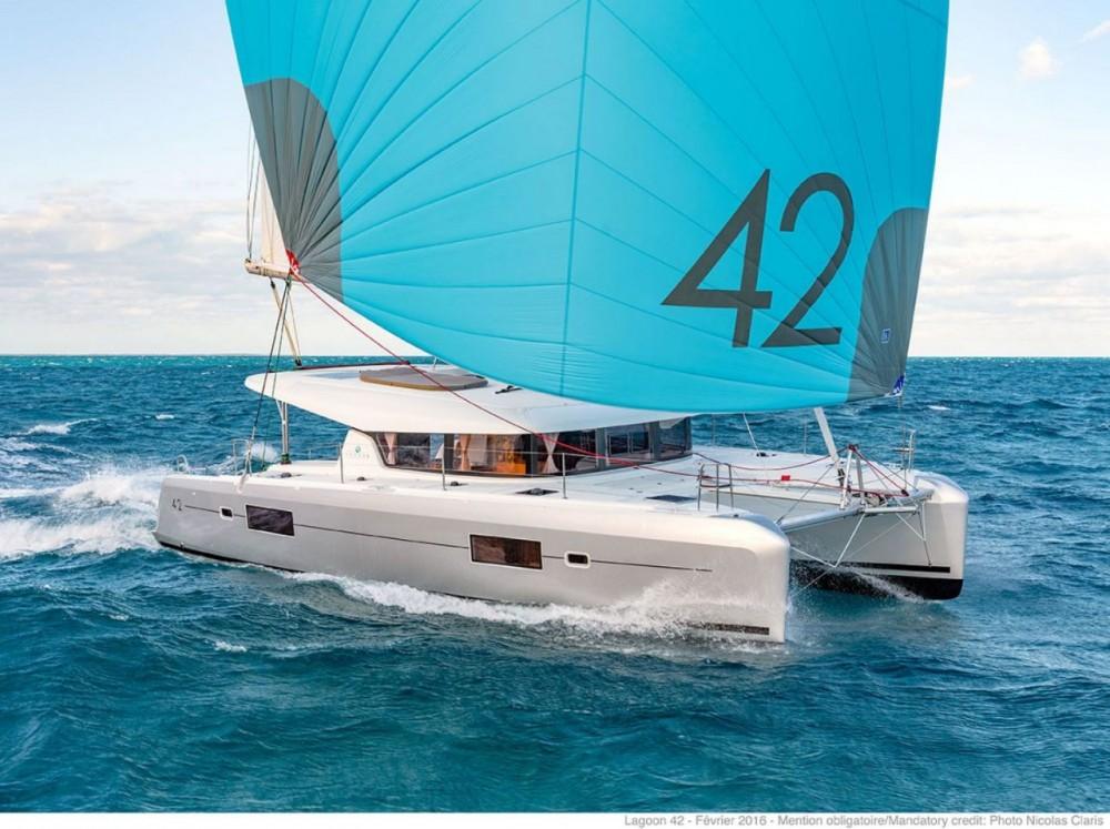 Louer Catamaran avec ou sans skipper Lagoon à Péloponnèse