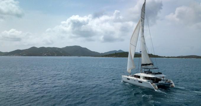 Location bateau Marina Cay pas cher Lagoon 560 S2