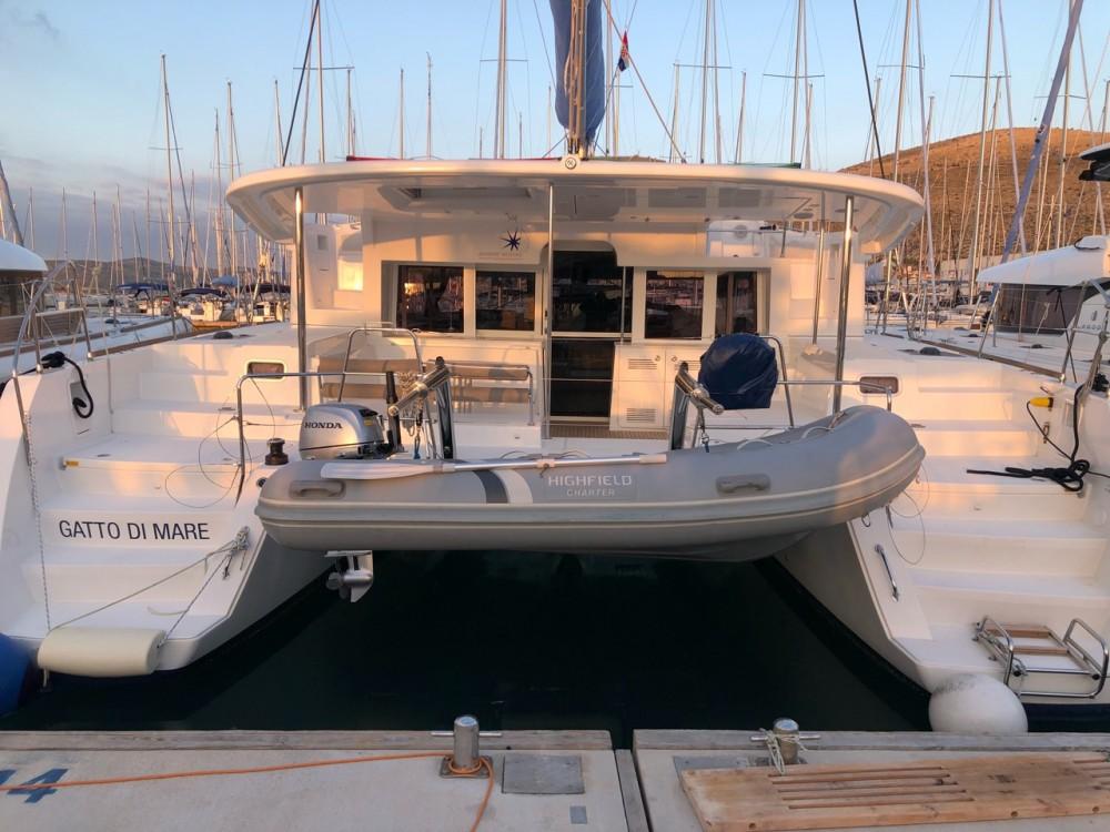 Location bateau Victoria pas cher Lagoon 450 F - 4 + 2 cab.