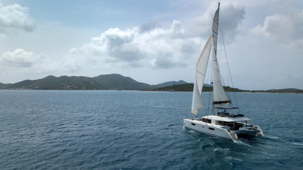 Location Catamaran à Tortola - Lagoon Lagoon 560 S2 - 5 cab.