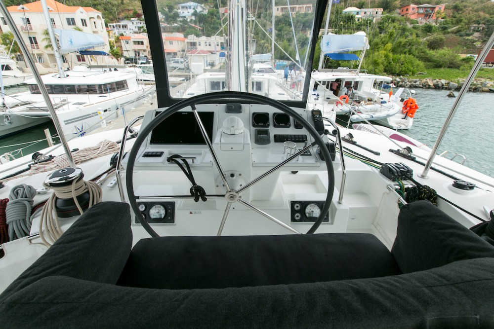 Location bateau Lagoon Lagoon 560 S2 - 5 cab. à Tortola sur Samboat