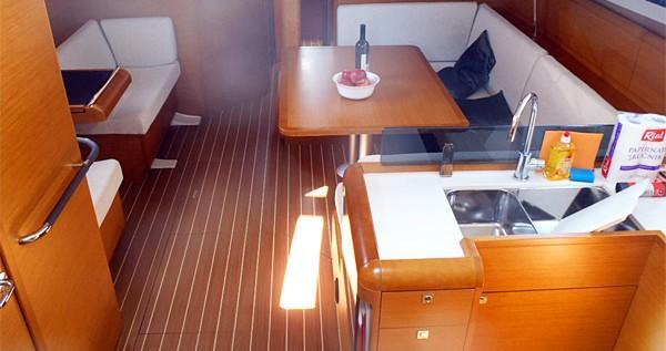 Location bateau Lidingö pas cher Sun Odyssey 439