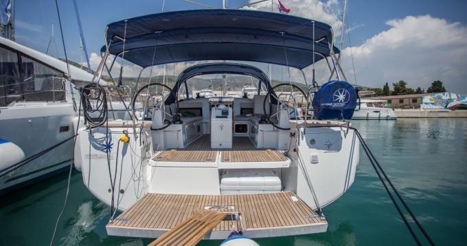 Location bateau Donji Seget pas cher Sun Odyssey 440