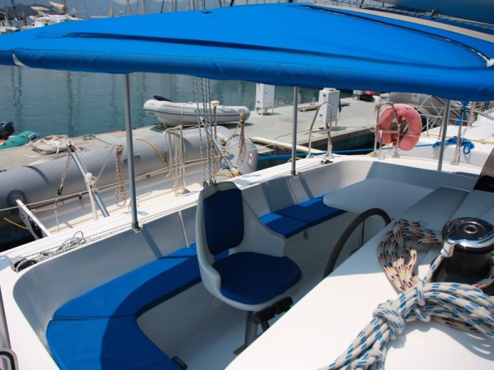 Louez un Fountaine Pajot Athena 38 à Marmaris