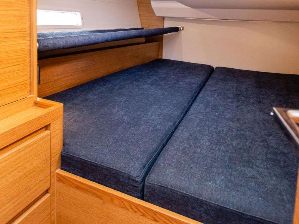 Location bateau Lávrio pas cher X4-6 model 2019