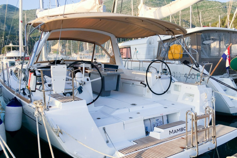 Location yacht à Slano - Bénéteau Oceanis 45 (4 cabs) sur SamBoat