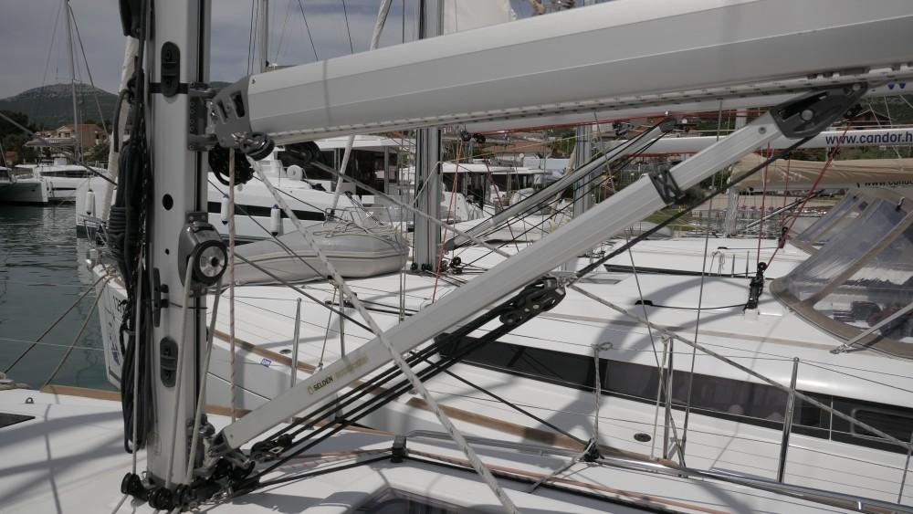 Location yacht à Marina Kaštela - Jeanneau Sun Odyssey 349 sur SamBoat