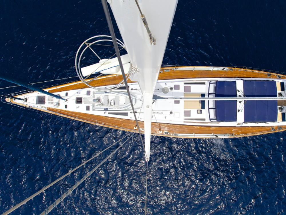 Louer Voilier avec ou sans skipper  à Marina de Alimos