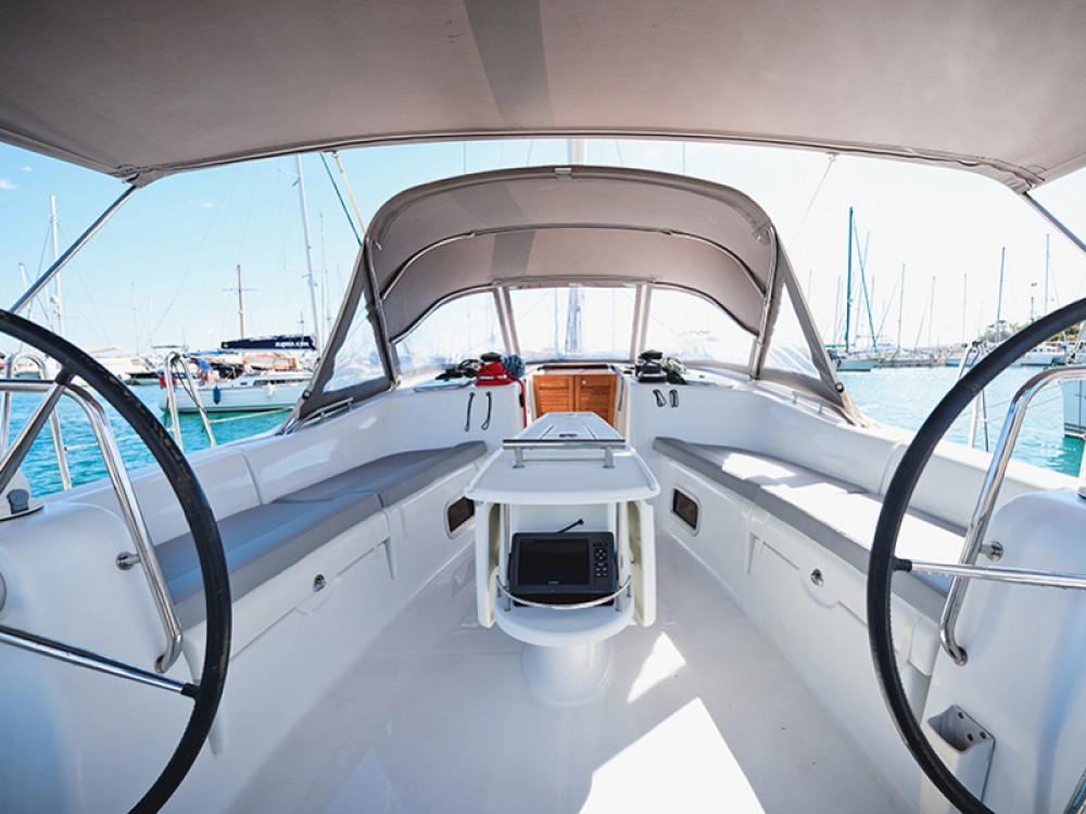 Location bateau Bénéteau Oceanis 54 à Μύκονος sur Samboat