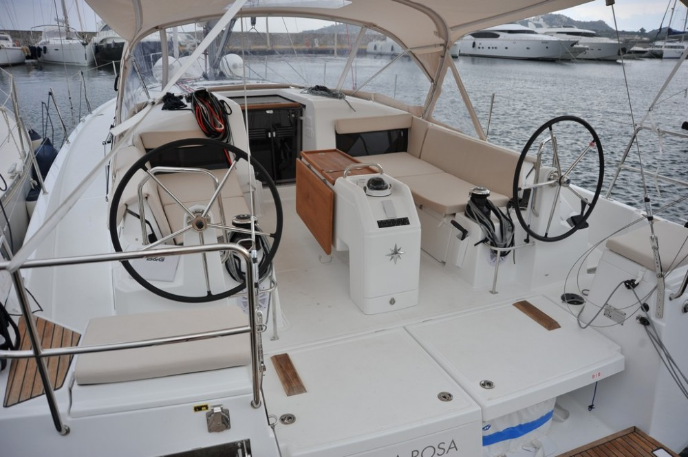 Jeanneau Sun Odyssey 440 entre particuliers et professionnel à