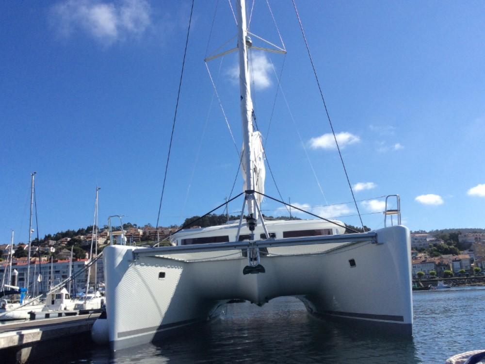 Catamaran à louer à Torre del Greco au meilleur prix