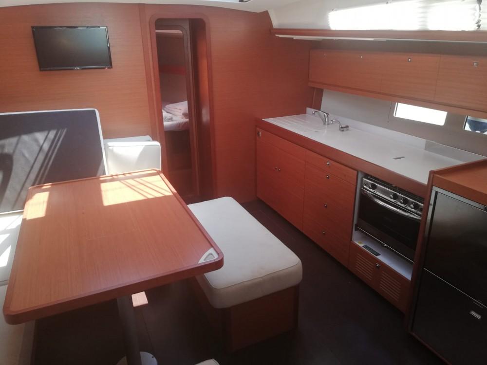 Location bateau Dufour Dufour 460 Grand Large à Kaštel Gomilica sur Samboat