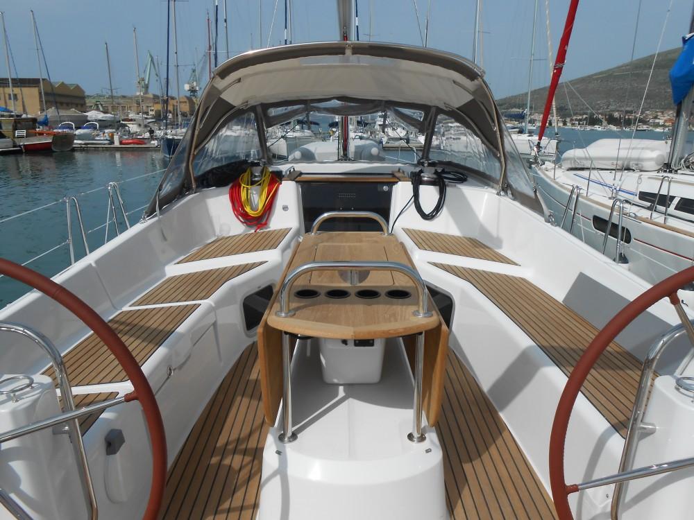Jeanneau Sun Odyssey 50DS entre particuliers et professionnel à Trogir