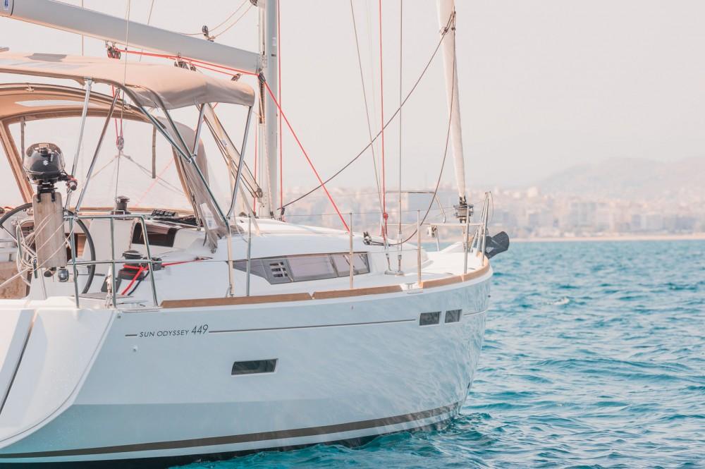 Louez un Jeanneau Sun Odyssey 449 à Leucade