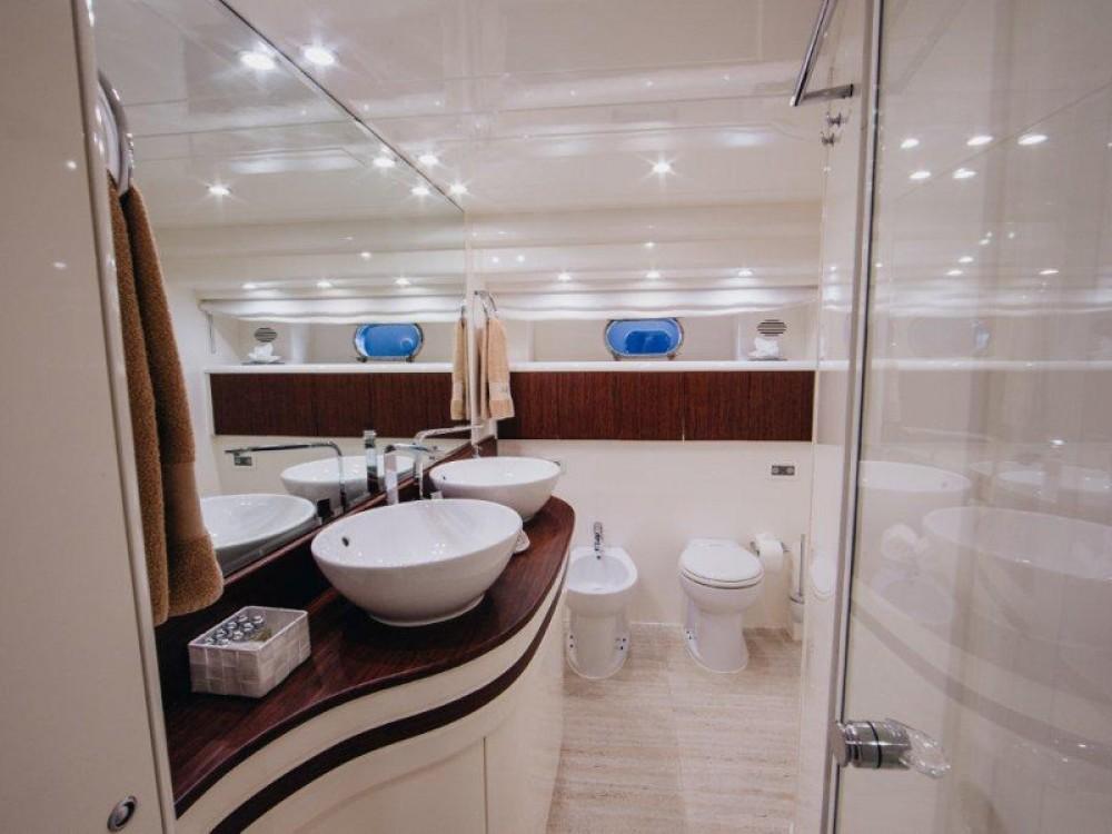 Location Yacht à  -  Amer 86