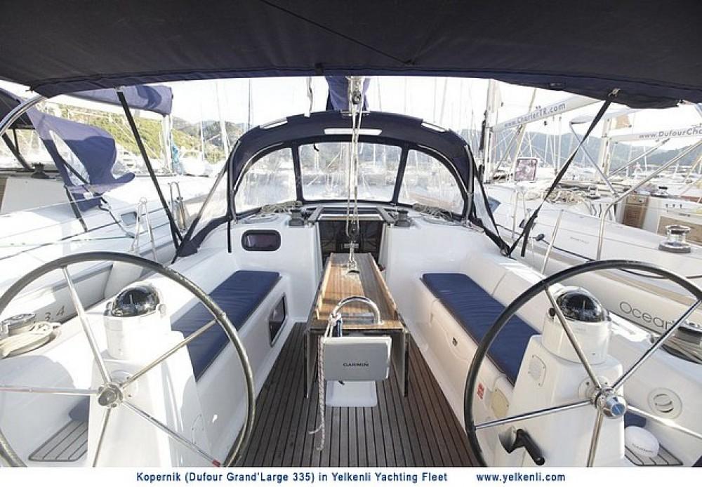 Location bateau Orhaniye Mahallesi pas cher Dufour 335 GL