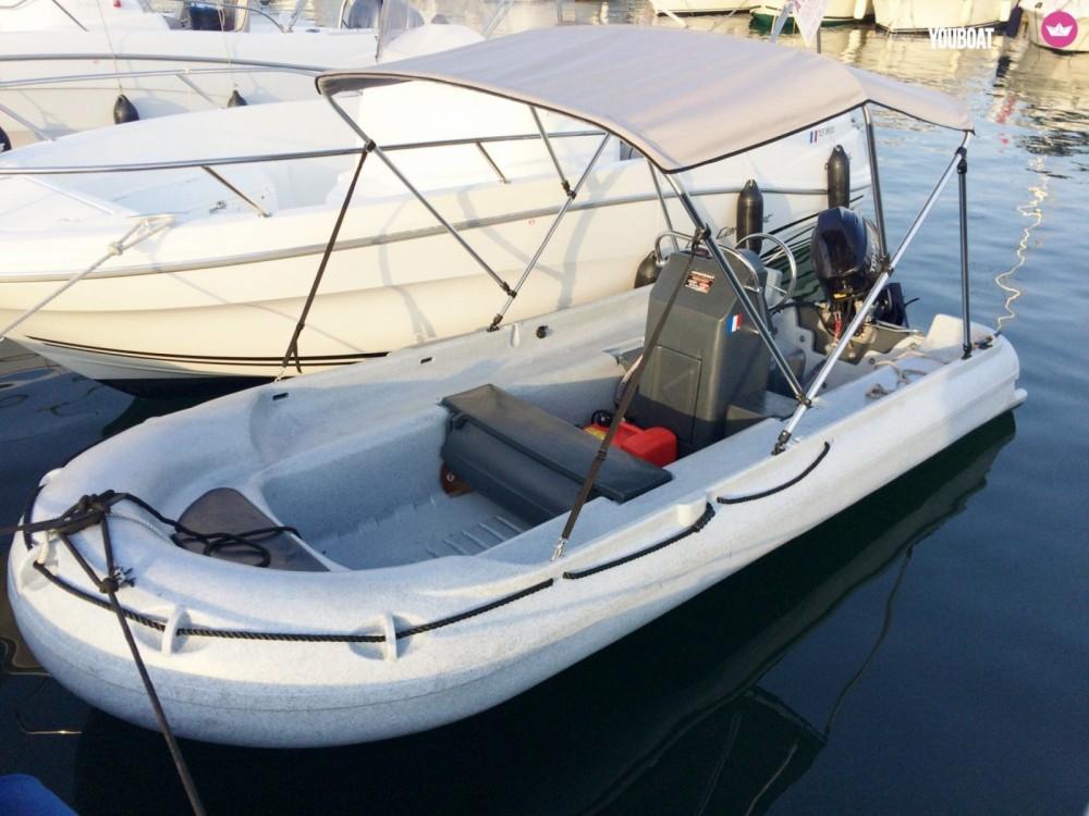 Location bateau Serra-di-Ferro pas cher 390 console