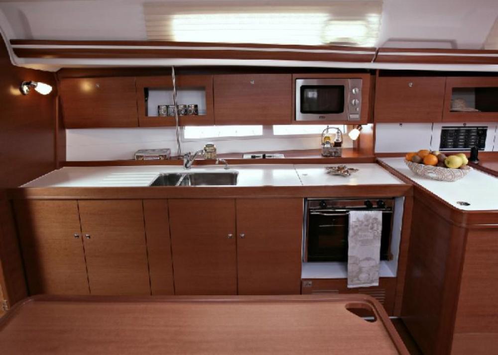 Location yacht à Saint-Mandrier-sur-Mer - Dufour Dufour 380 Grand Large sur SamBoat