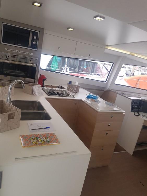 Location bateau Catana Bali 4.5 à Laurion sur Samboat