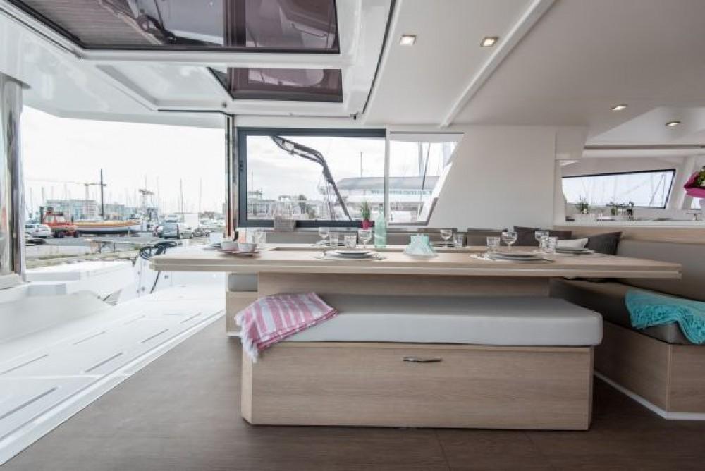 Louer Catamaran avec ou sans skipper Bali Catamarans à Naples