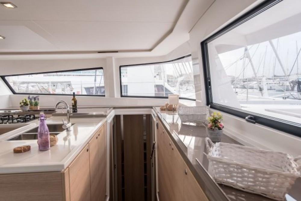 Location bateau Naples pas cher Bali 5.4