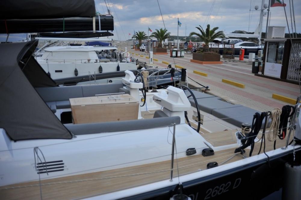 Location bateau Olbia pas cher Dufour 560 Grand Large