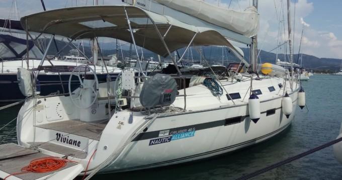 Louez un Bavaria Bavaria Cruiser 40 S à Pula