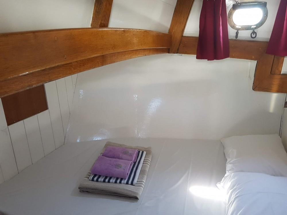Louez un  Classsic dalmatian boat à Split