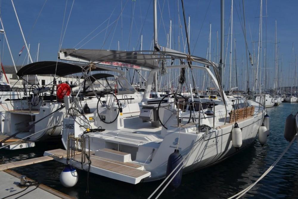 Louez un Bénéteau Oceanis 48 à Trogir
