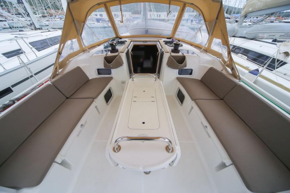 Location yacht à Trogir - Jeanneau Sun Odyssey 519 sur SamBoat