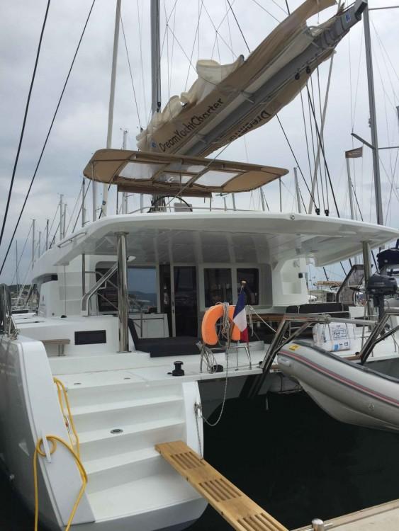 Location bateau Trogir pas cher Lagoon 52