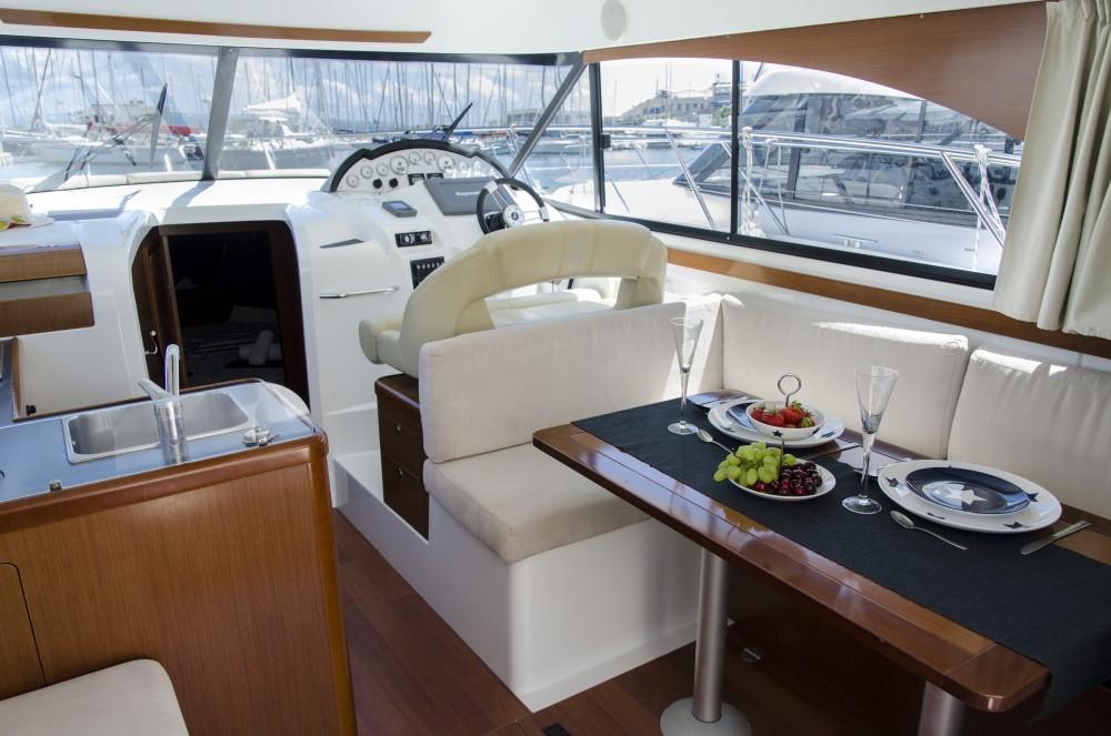 Location bateau Bénéteau Antares 36 (2011) à Split sur Samboat