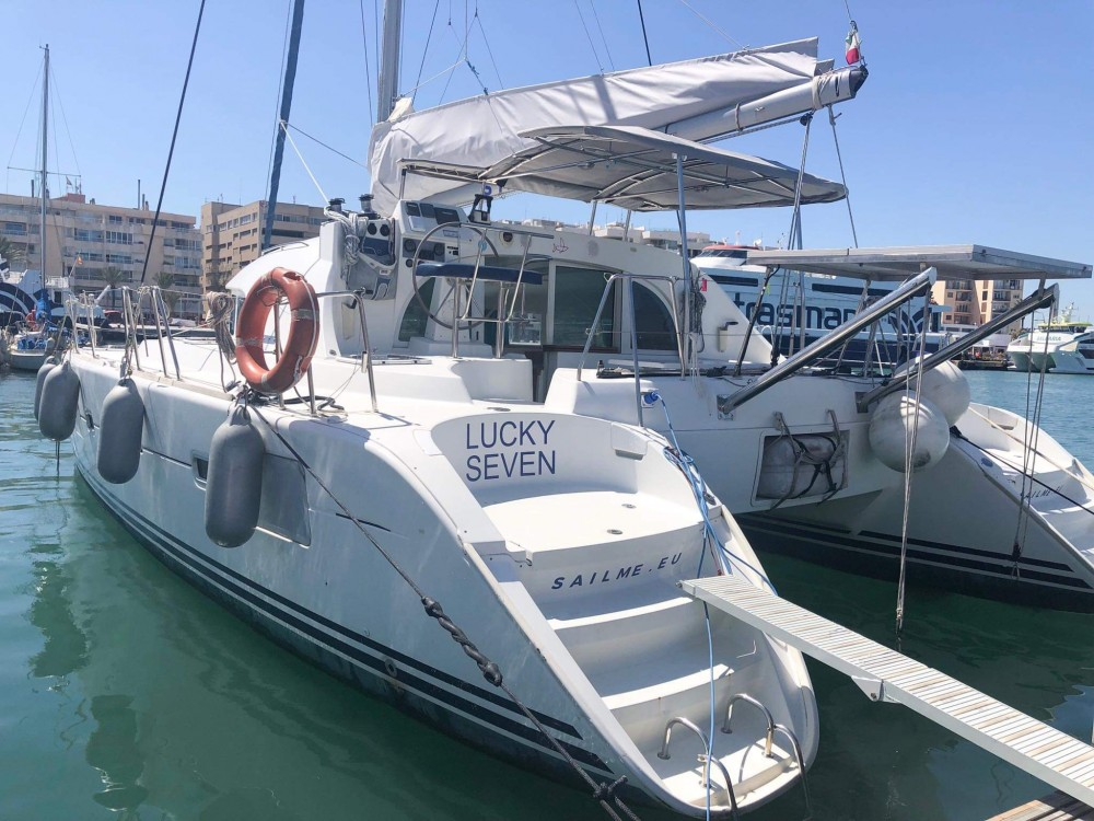 Location bateau Ibiza pas cher Lagoon 380 S2