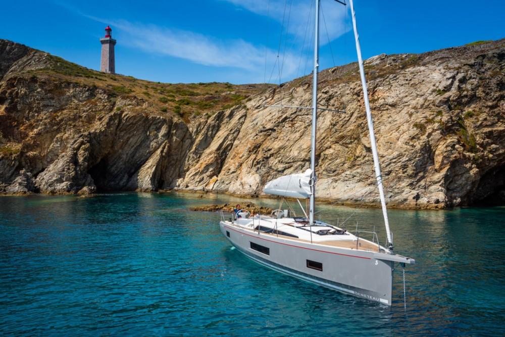 Louez un Bénéteau Oceanis 461 à Ibiza Magna