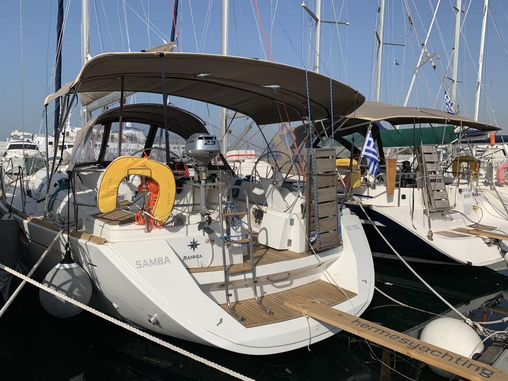 Louer Voilier avec ou sans skipper Jeanneau à Laurion
