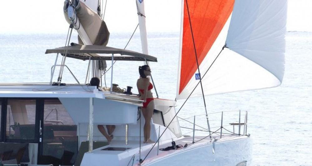 Location bateau Fountaine Pajot Fountaine Pajot Lucia 40 à Trogir sur Samboat