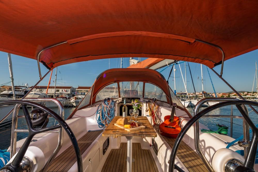 Louez un Salona Salona 38 à Split