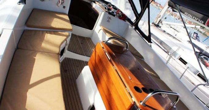 Location bateau Jeanneau Sun Odyssey 45 DS - 3 cab. à Jezera sur Samboat