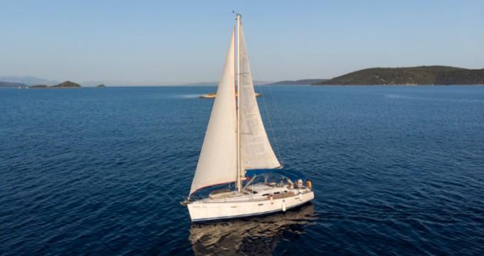 Location bateau Vinišće pas cher Oceanis 393 Clipper