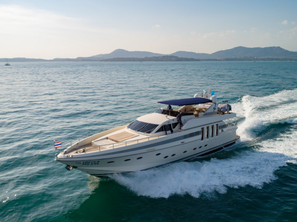 Location Yacht à Phuket -  Posillipo Technema 82