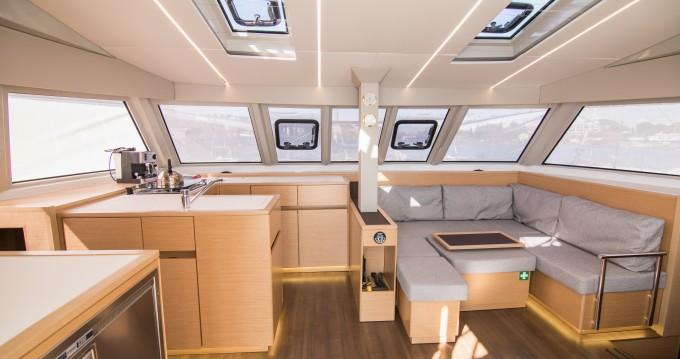 Location bateau Lávrio pas cher Nautitech 46 Fly