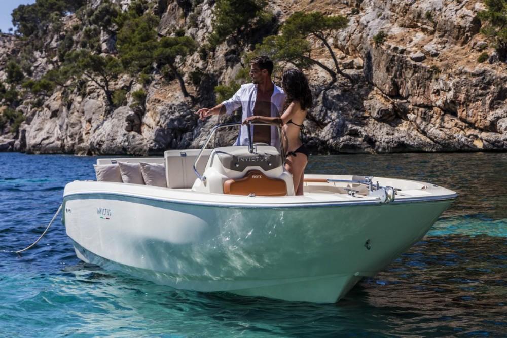 Location yacht à Calvià - Invictus  Invictus 190 FX sur SamBoat