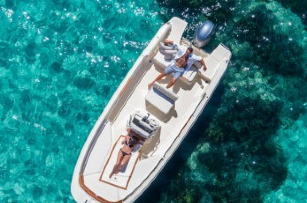 Location bateau Calvià pas cher Invictus 190 FX