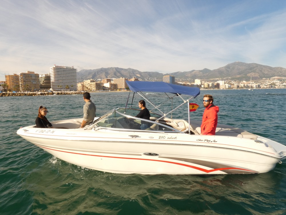 Sea Ray Sea Ray 220 Select entre particuliers et professionnel à Fuengirola