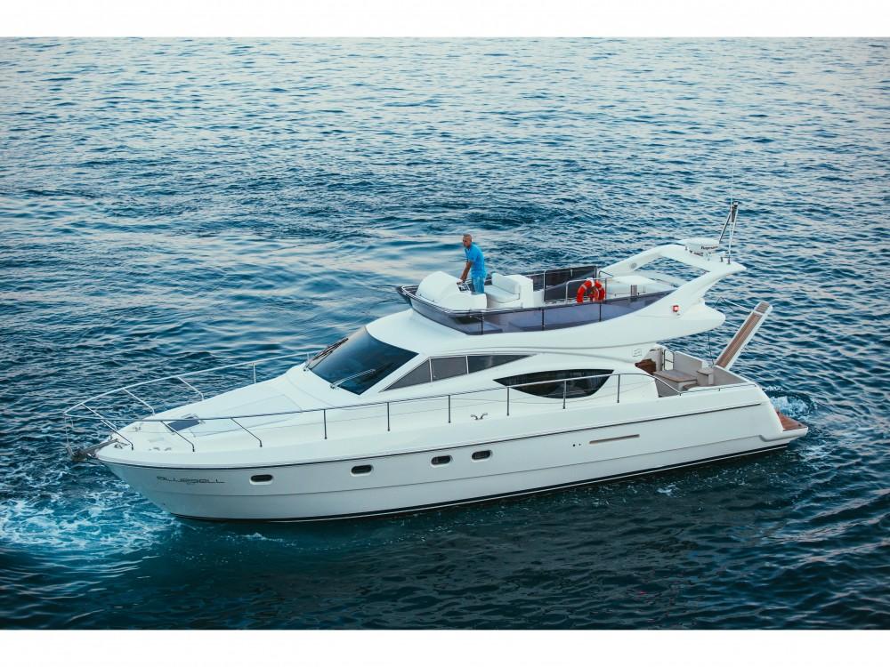 Location bateau ACI Marina Split pas cher Ferretti 460